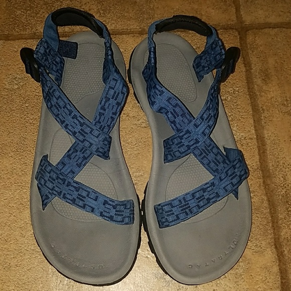 8bcd3660d Men's sz 10 North Face water sandals blue